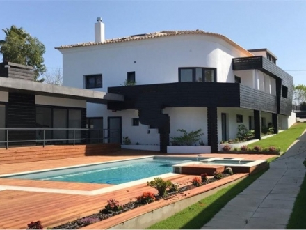 Guest House - T11 in Ericeira